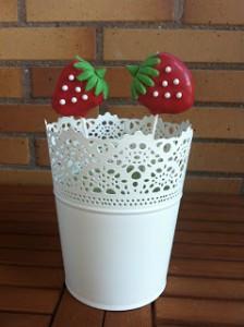 Receta Cakepops con forma de fresa de Red-Velvet