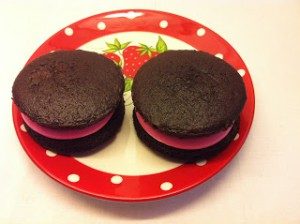 "Receta Whoopie pies de chocolate y fluff de frambuesa + tarta ""One Direction"""