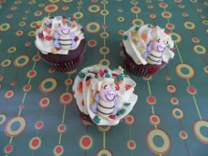 Receta Cupcakes otoñales 1: Cupcakes de chocolate rellenos de nutella con frosting de plátano
