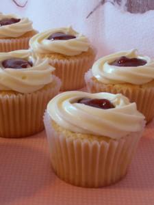 Receta Feliz Halloween… Cupcakes de Vainilla con relleno de Guayaba