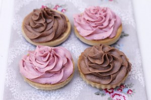Receta CHOCOLATE / RASPBERRY CREAM FROSTING