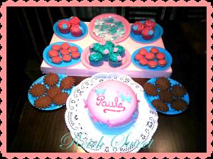 Receta Mesa dulce Paula ♥ Cupcakes de chicle, Whopies, Tarta de chocolate…