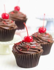 Receta Cupcakes de chocolate negro con cereza y ¡¡¡nuevo libro!!!