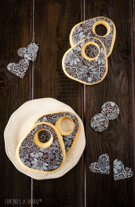 Receta Galletas-bolsos con transfer de chocolate… Las tres premisas: Resultones, deliciosos y sencillos.