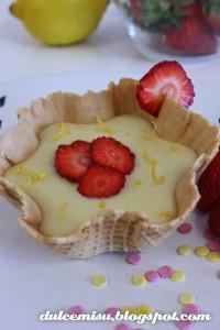 Receta Tulipa de crema de limonchelo con fresa